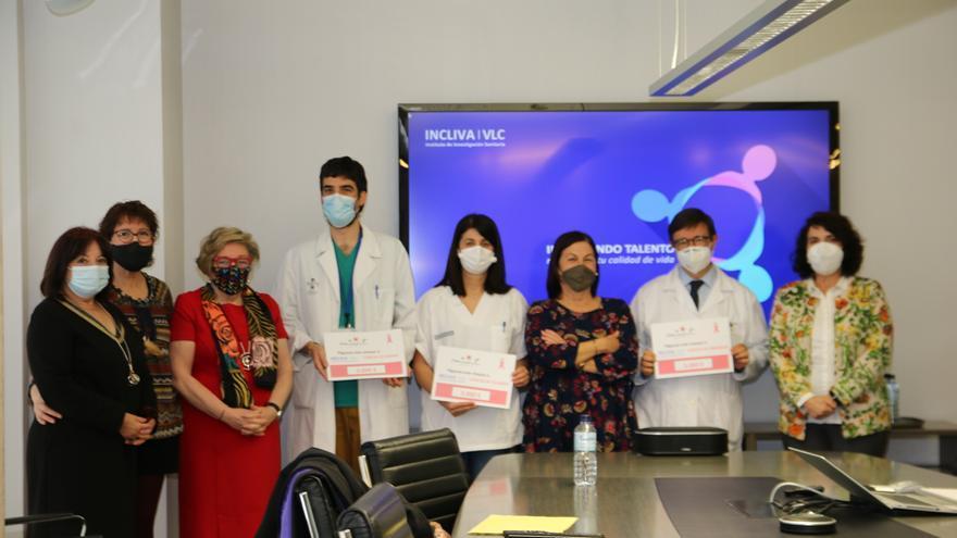 Amunt contra el cáncer dona 9.000 euros para la investigación