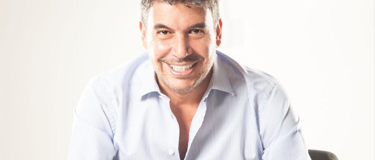 Arturo Elías