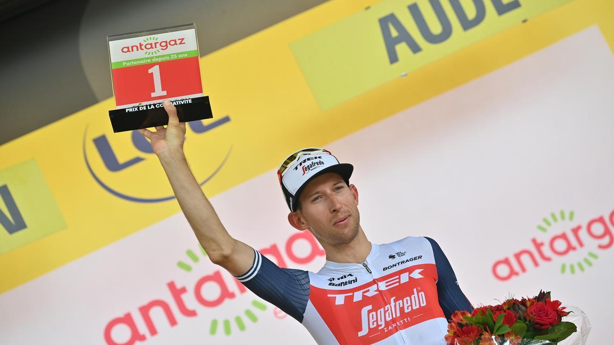 Mollema gana la etapa 14 del Tour de 2021.