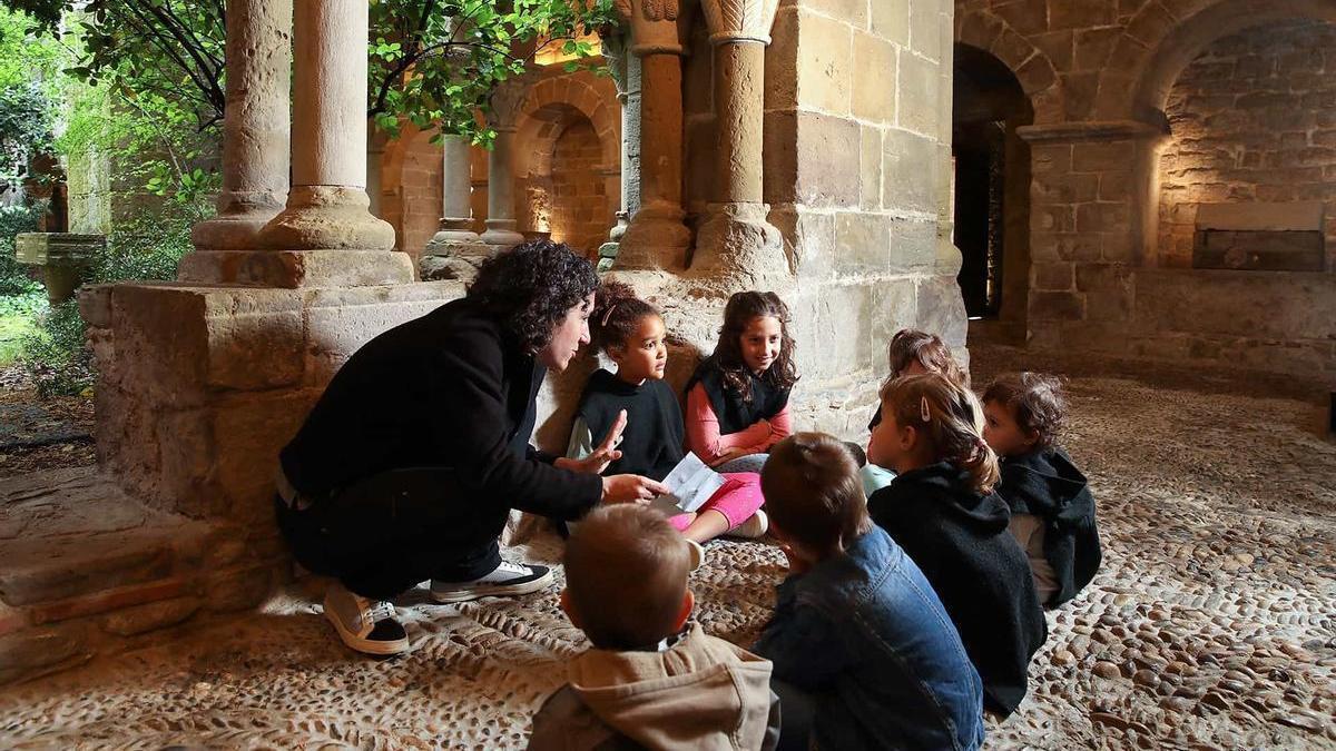 Experiència medieval al monestir de Sant Benet per a famílies