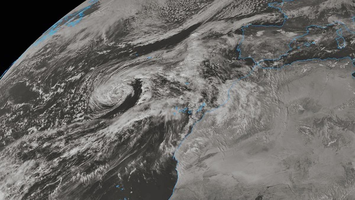 La tormenta tropical 'Theta' vista desde satélite.