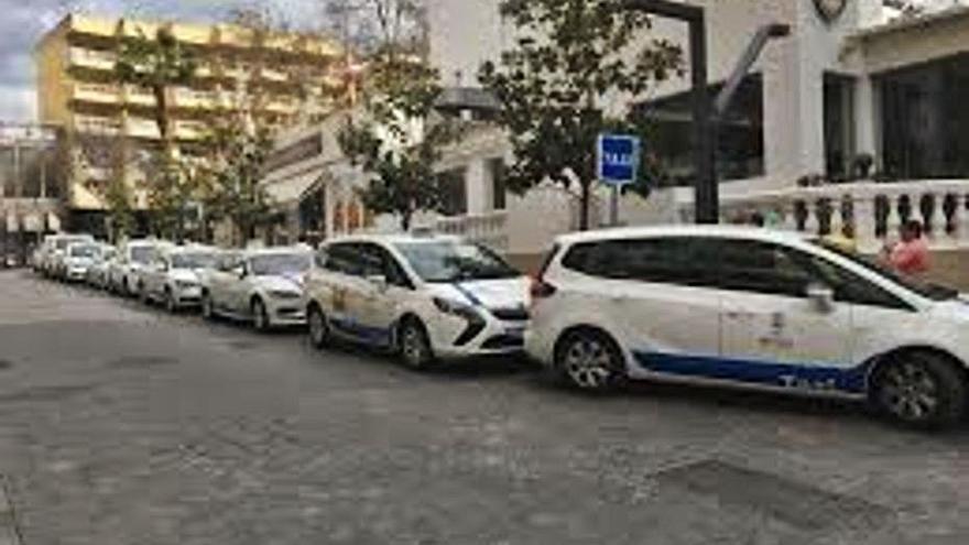 150.000 euros para mantener la centralita del sector del taxi
