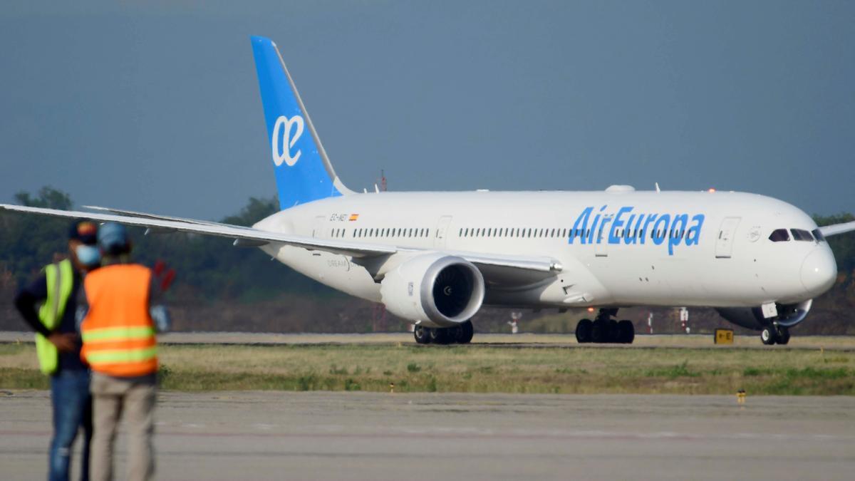 Air Europa pierde 427,7 millones en 2020 y prevé una ayuda adicional.
