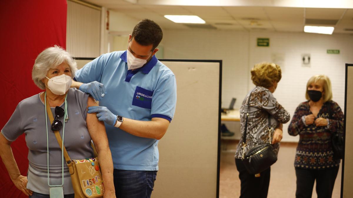 Cita vacuna coronavirus Valencia: qué hacer si no has recibido el SMS.