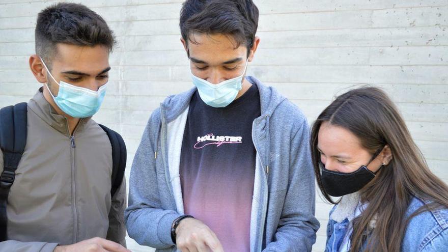 Cuatro estudiantes de Valencia crean una web para conocer las restricciones
