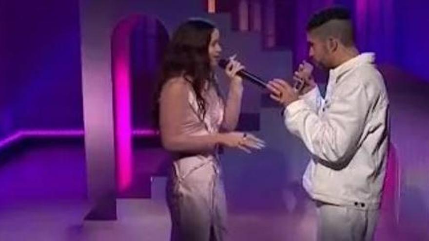 Bad Bunny i Rosalía revolucionen el programa estatunidenc «Saturday Night Live» cantant en espanyol