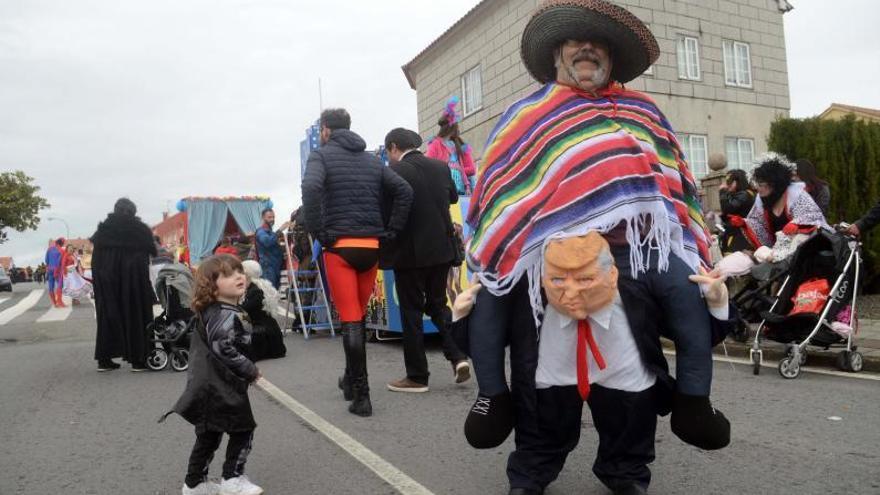 A Illa se resiste a quedar sin Carnaval