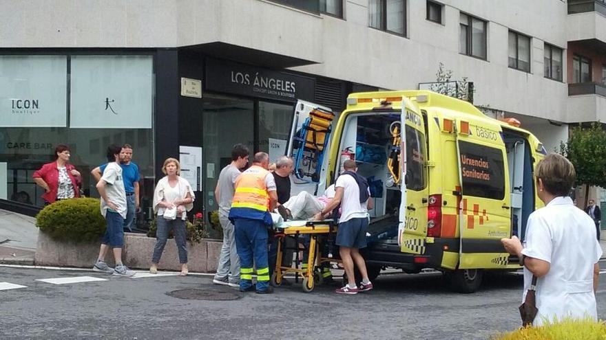 Herido leve un peatón en un atropello en el centro de Vigo