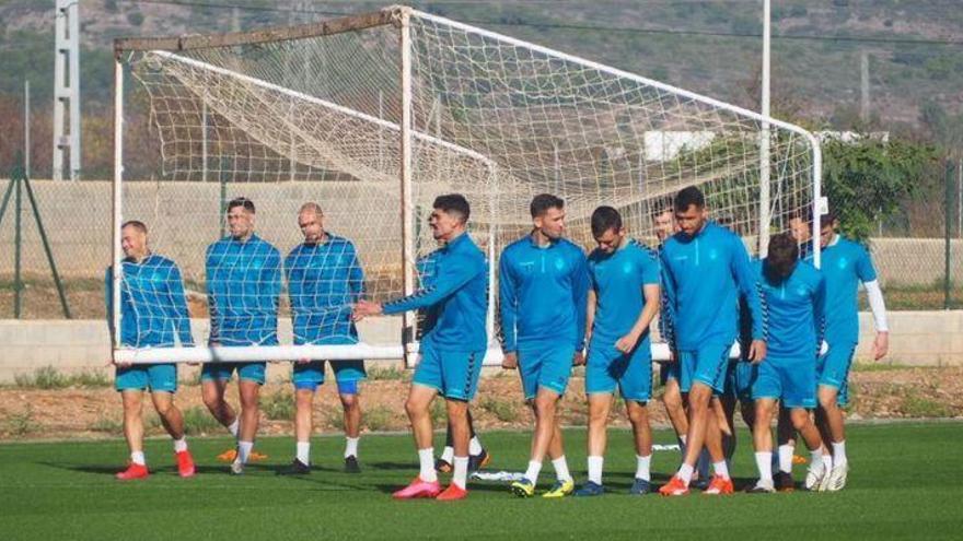 Cano confía en recuperar a cuatro de sus piezas clave ante el Zaragoza