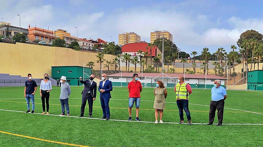 Remodelación del campo Vicente López Socas
