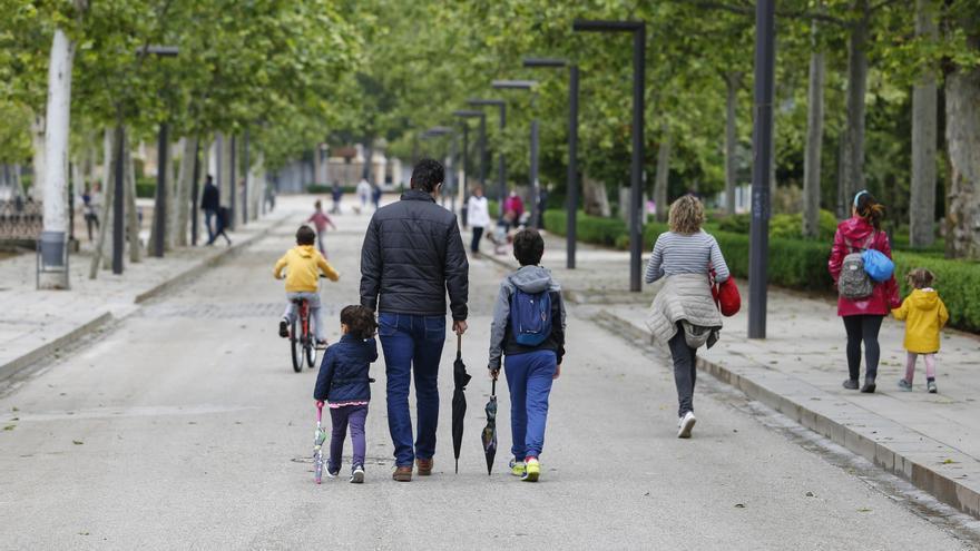 Unidas Podemos quiere ampliar hasta los seis meses los permisos de maternidad y paternidad
