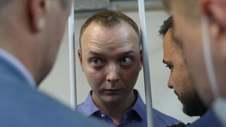 Detenido un consejero de Roscosmos acusado de alta traición