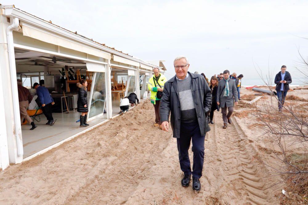 Ribó visita las playas del Saler