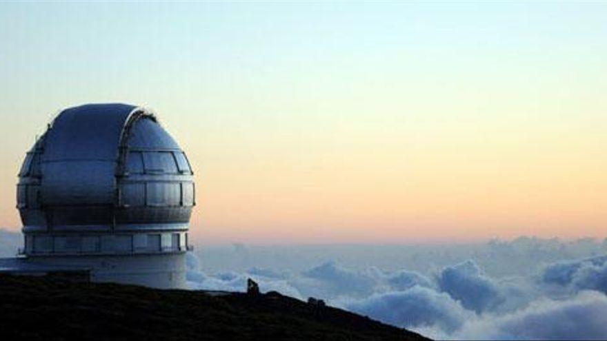 La ceniza del volcán provoca el cierre de los telescopios del Roque de los Muchachos