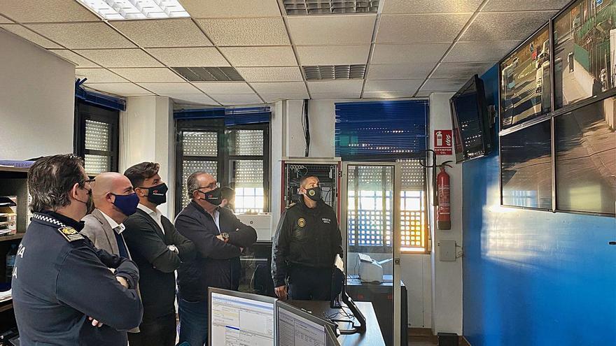 Orihuela instala 14 cámaras en el polígono para evitar los robos