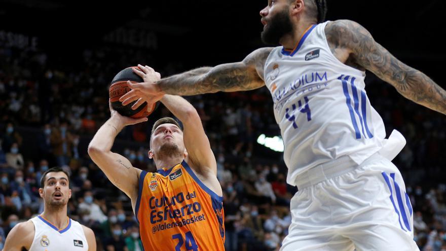 El Real Madrid se consolida en la ACB con un triunfo en Valencia