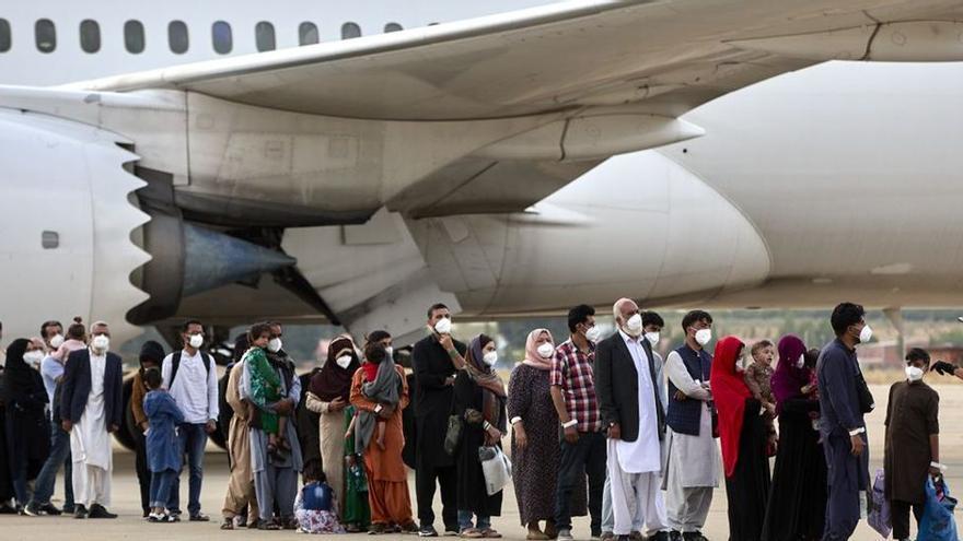 Ausgereiste Familie aus Afghanistan kommt auf Mallorca an