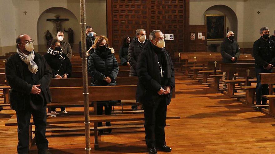 El obispo llama a los presidentes de las cofradías para un primer contacto