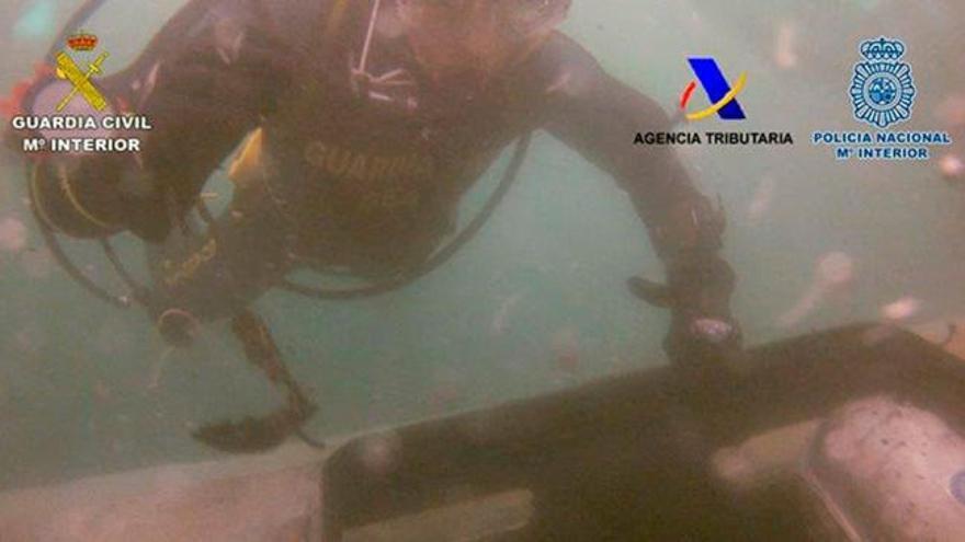 El alijo del narcosubmarino de Galicia: 4,5 toneladas de cocaína