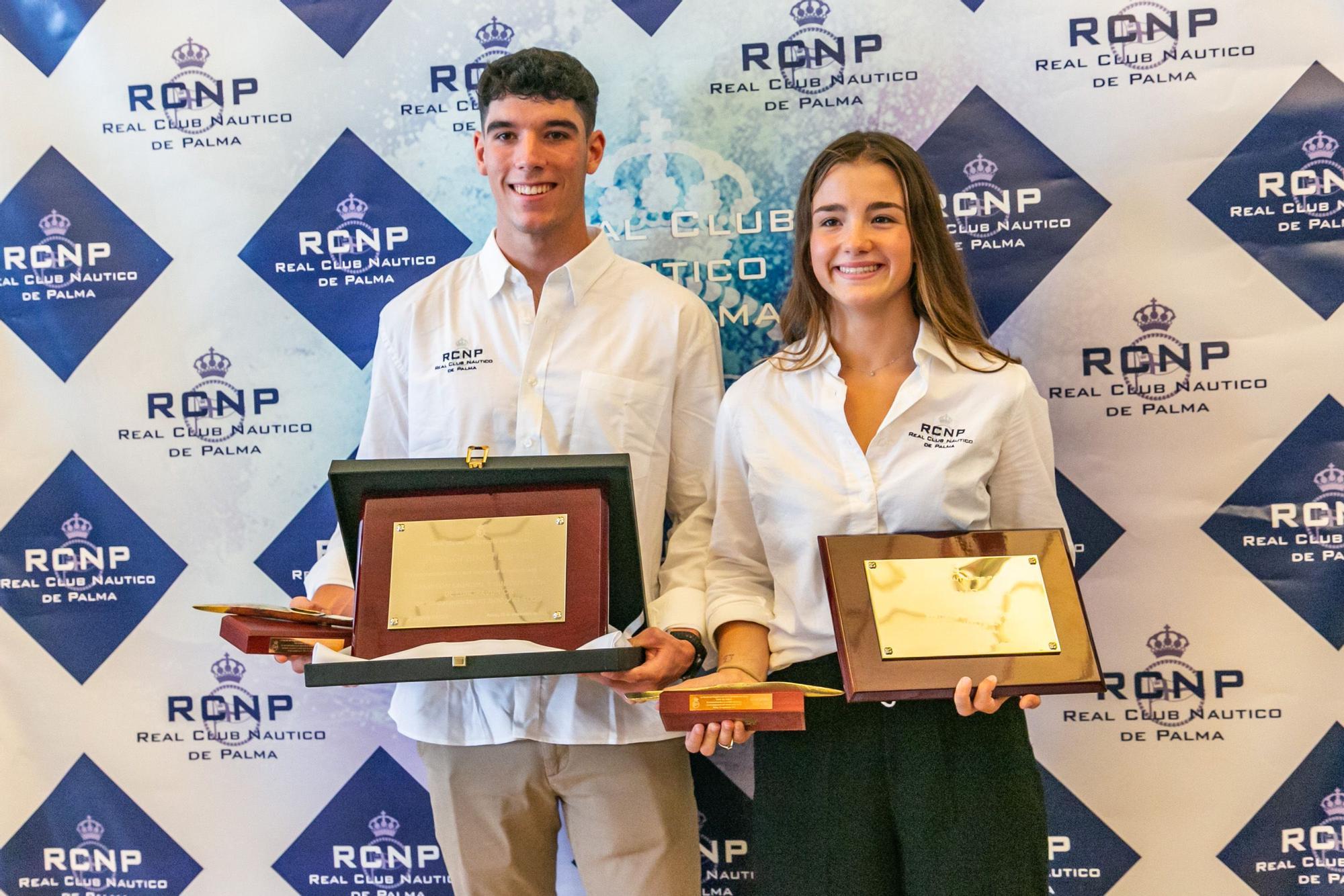 El RCN Palma homenajea a Álex Graneri y a Carla Vey