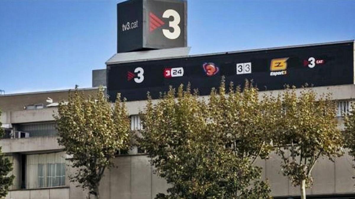 Estudis de TV3 a Sant Joan Despí, la televisió pública catalana s'endú 240 milions anuals dels pressupostos.