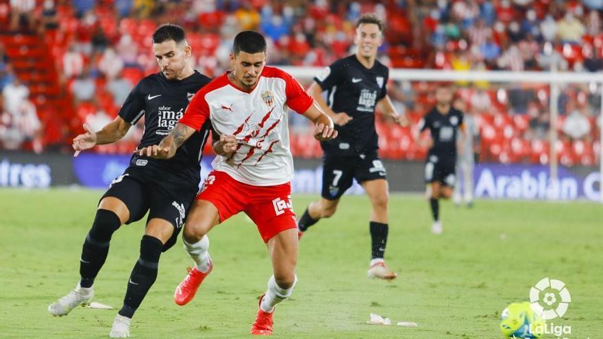 Las imágenes del UD Almería - Málaga CF de la cuarta jornada de LaLiga SmartBank