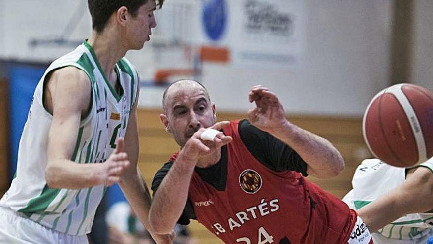El CB Artés s'imposa amb contundència a Castelldefels