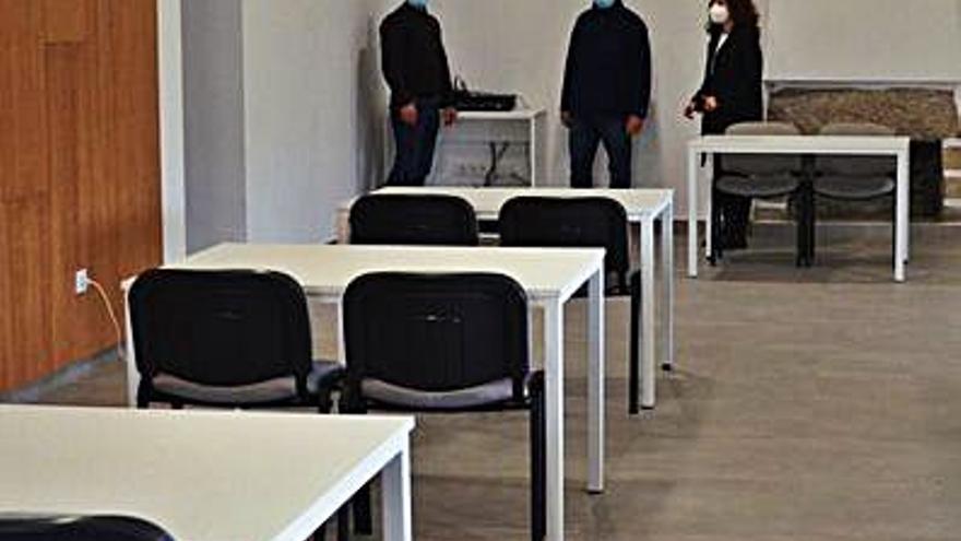 Oia rehabilita las escuelas de Torroña para uso sociocultural