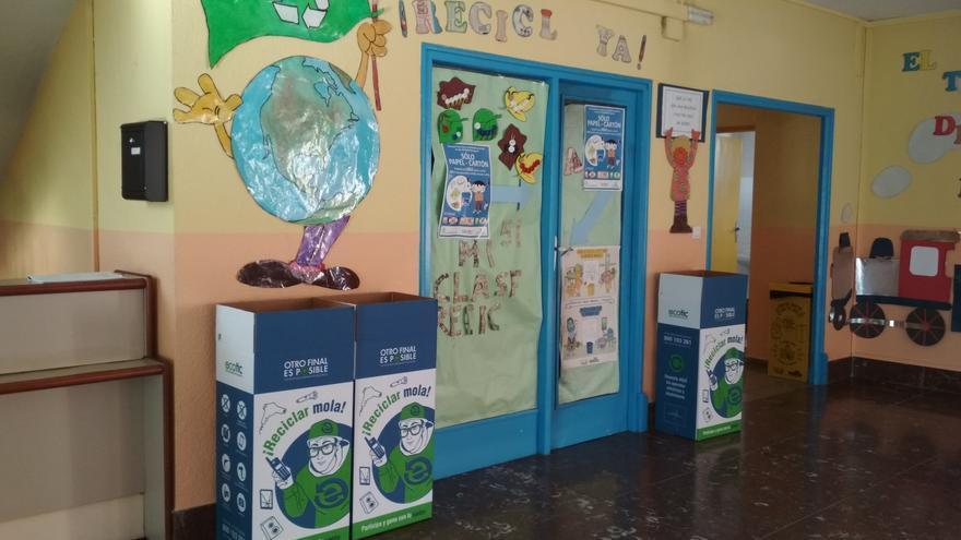 El colegio de Fermoselle, premiado por su reciclaje de aparatos electrónicos