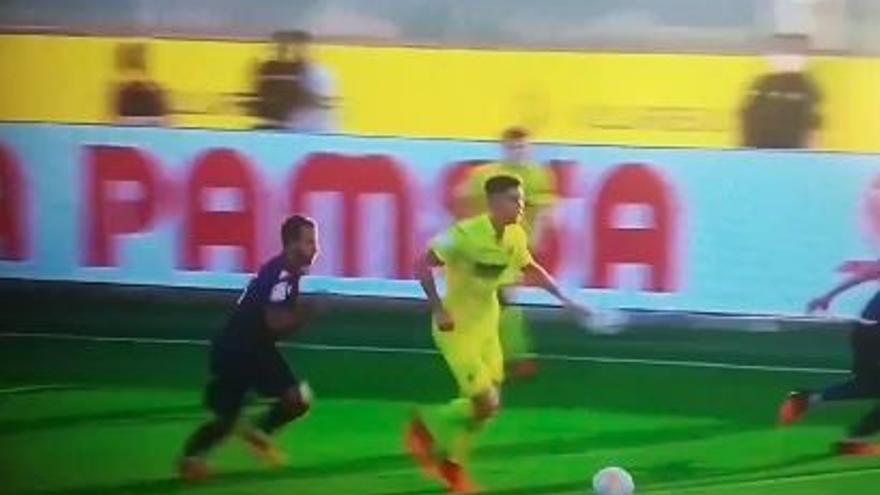 Así fue la durísima entrada de Soldado a Jorge Cuenca en el amistoso Villarreal-Levante
