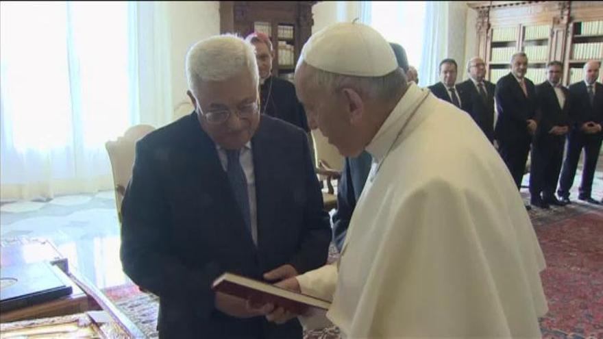Abbas visita el Vaticano para abrir la embajada palestina