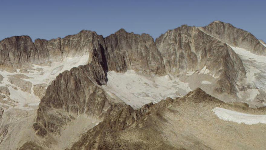 Quirós llora la muerte de la montañera Cristina Rodríguez en los Pirineos