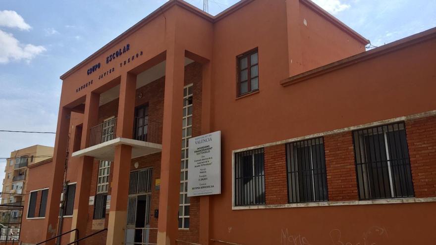 Cs propone más inversión en El Perellonet y mejores en el centro escolar Grumete Javier Trénor