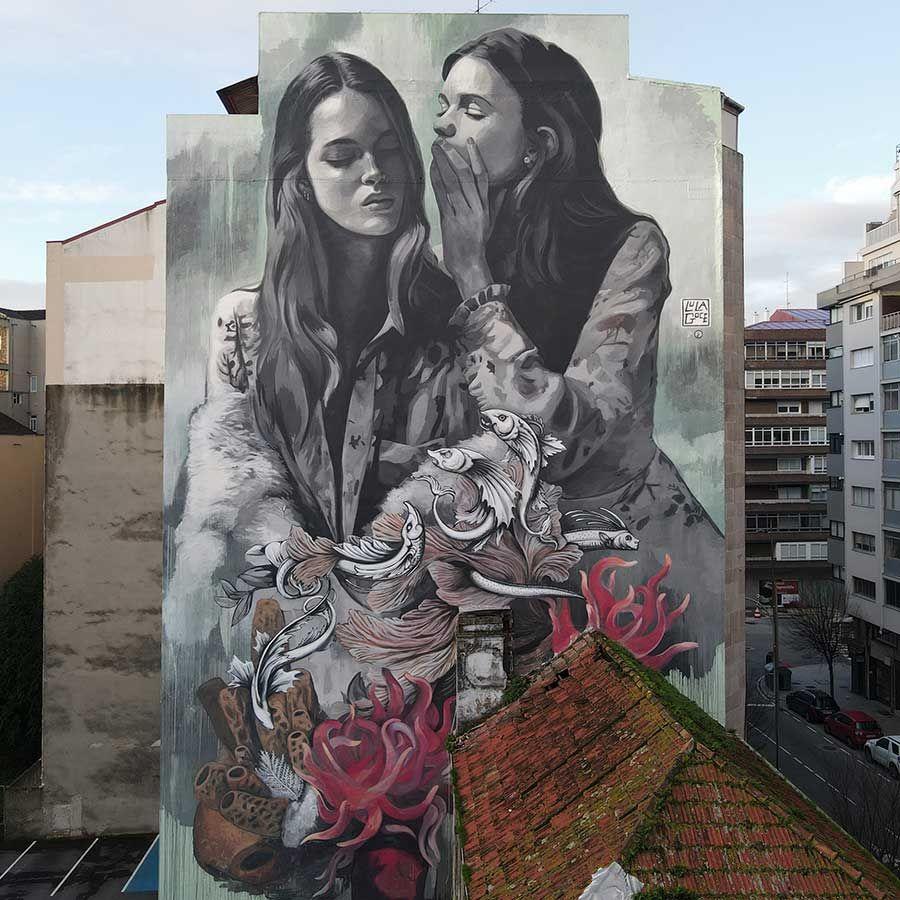 Lula Goce-Mural en un edificio de diez plantas  del barrio vigués  de A Florida.