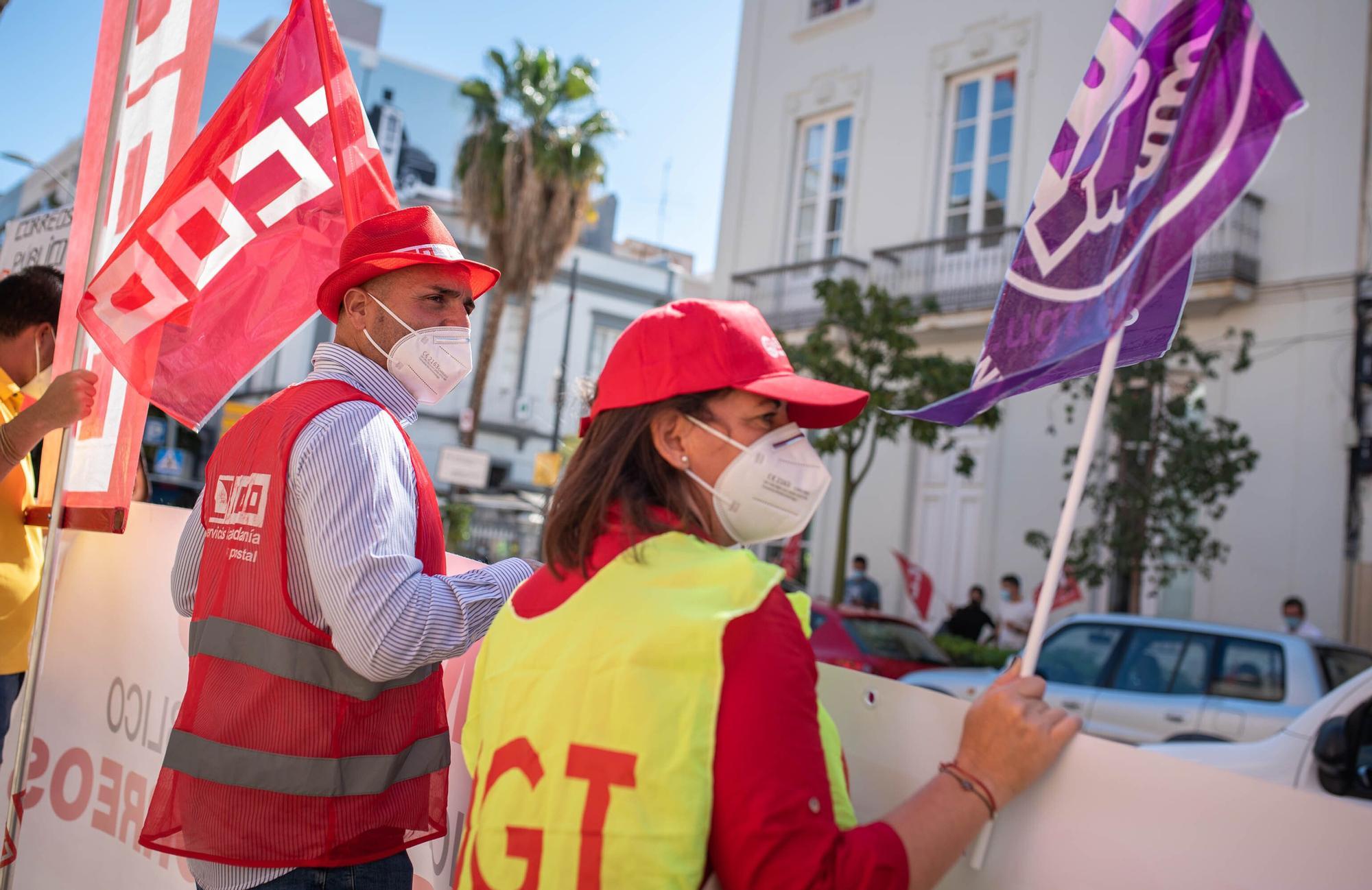 Concentración de trabajadores de Correos