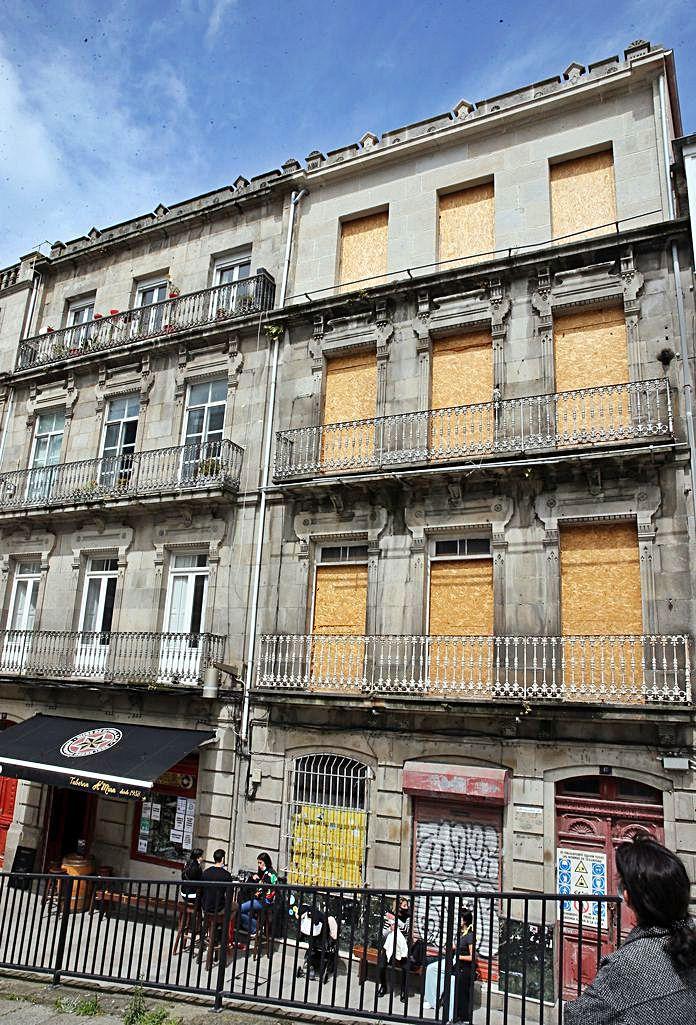Edificio de la calle San Vicente.