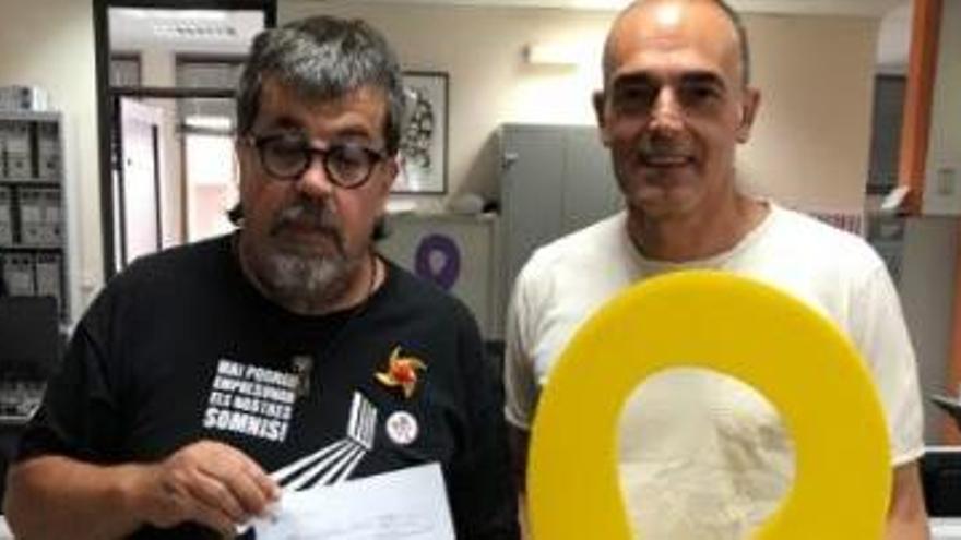 ERC de Sant Joan demana a l'alcalde que es pengi de nou el llaç groc a l'Ajuntament