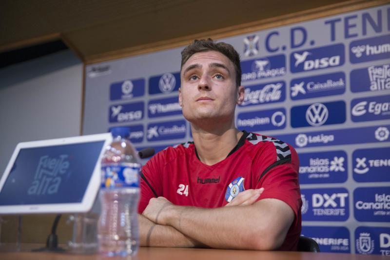Entrevista a Nikola Sipcic , jugador del CD Tenerife más rueda de prensa   | 04/03/2020 | Fotógrafo: Delia Padrón