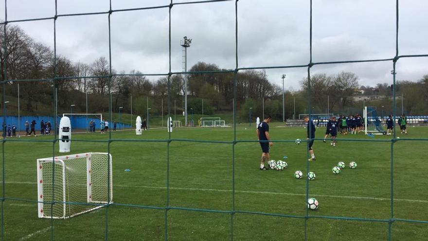 Forlín se entrena con normalidad en la última sesión antes de viajar a Lugo
