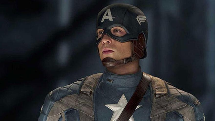 El Capitán América carga contra Donald Trump