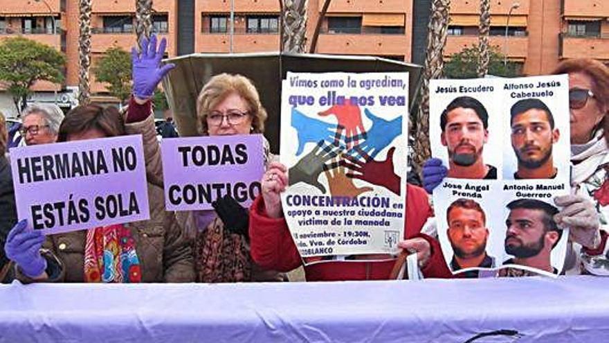 La víctima de Pozoblanco ratifica la denuncia contra los miembros de 'La Manada'