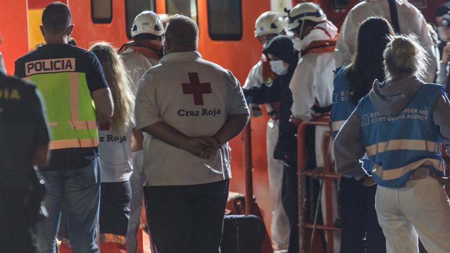 Tres pateras con 109 migrantes a bordo llegan a Gran Canaria y Fuerteventura