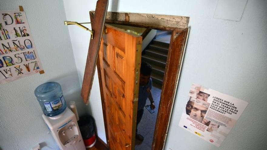Dos detenidos al ser cazados con las manos en la masa cuando desvalijaban una casa