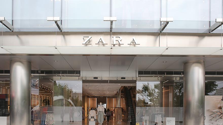 Cuánto costarán las bolsas de Zara y Massimo Dutti: ojo porque tienen precios diferentes según la tienda