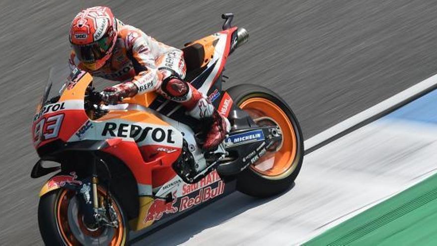 Márquez guanya a Tailàndia per davant de Dovizioso i Viñales