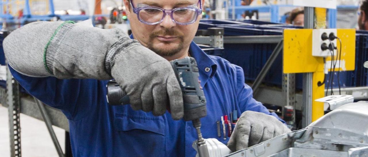 Cadena de montaje en la factoría de Ford Almussafes.