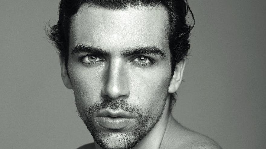 """Carlos San Juan: """"Con la moda  busco cumplir  mis objetivos"""""""
