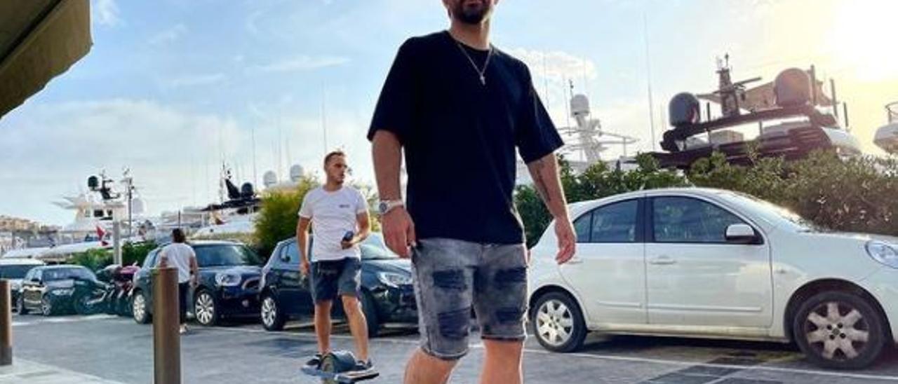 El Kun Agüero durante sus vacaciones en Ibiza