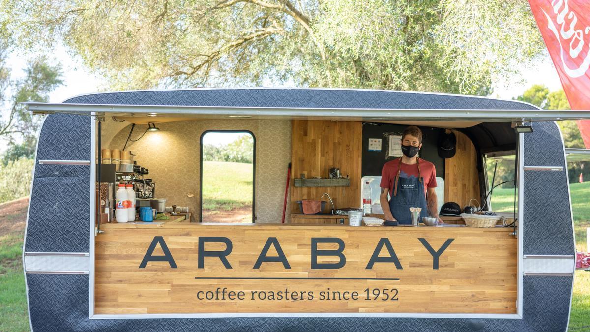 Arabay ofreció cafés desde su 'foodtruck' durante la jornada.