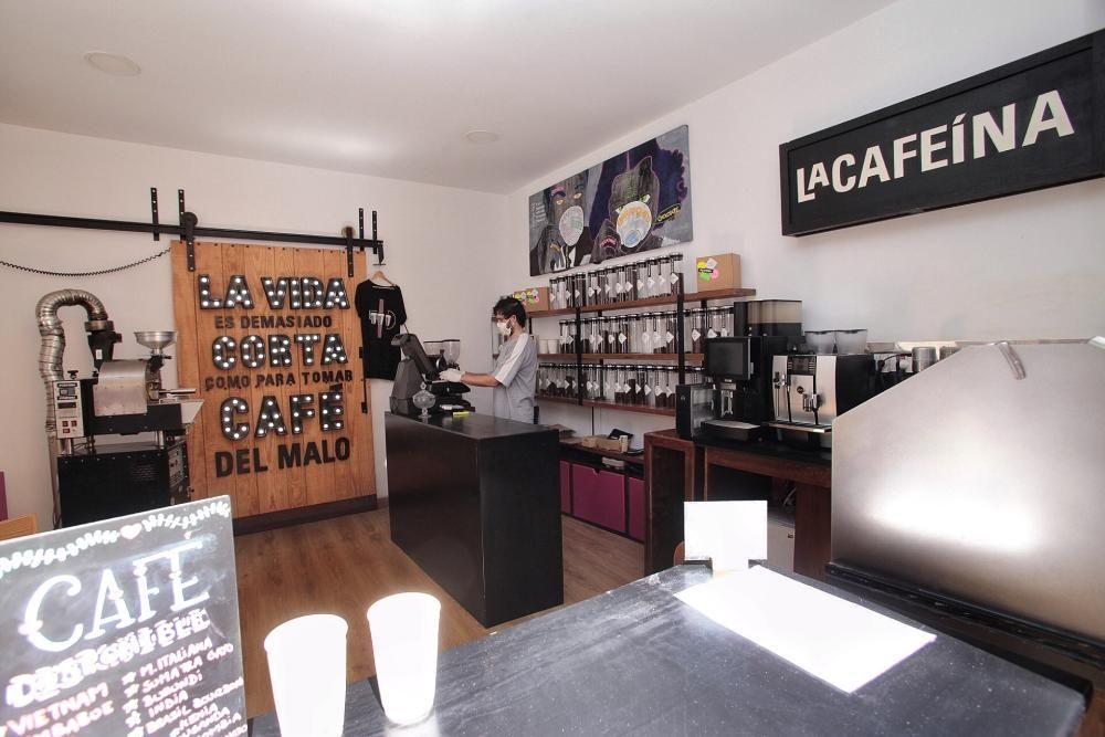 """Reportaje a """"La Cafeína""""   08/04/2020    08/04/2020   Fotógrafo: María Pisaca Gámez"""
